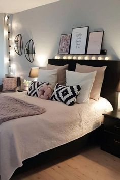 73 cute girls bedroom ideas for small rooms 38 2019 wandfarbe Schlafzimmer -eher was helleres wegen Raumgröße? The post 73 cute girls bedroom ideas for small rooms 38 2019 appeared first on Pillow Diy. Cute Girls Bedrooms, Bedroom Ideas For Small Rooms Women, Bedroom Decor For Couples, Cute Bedroom Ideas, Couple Bedroom, Small Room Bedroom, Cozy Bedroom, Bedroom Colors, Home Decor Bedroom