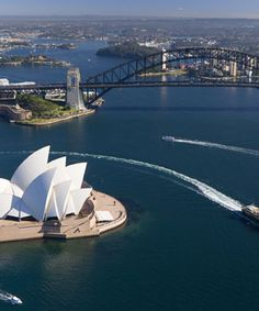 This was my view every 8 days!!!  Ported out of the Sydney Harbour for 8 months!