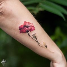 beautiful floral tattoos for autumn - // Tatuajes // - . Mini Tattoos, Trendy Tattoos, Flower Tattoos, Body Art Tattoos, Small Tattoos, Sleeve Tattoos, Tattoos For Women, Botanisches Tattoo, Tattoo Hals