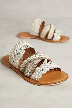 Jasper & Jeera Floretta Sandals White 36 Euro Sandals
