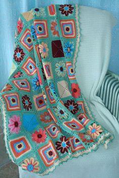 Transcendent Crochet a Solid Granny Square Ideas. Inconceivable Crochet a Solid Granny Square Ideas. Crochet Home, Knit Or Crochet, Crochet Granny, Filet Crochet, Learn To Crochet, Crochet Crafts, Crochet Baby, Crochet Projects, Crochet Blankets