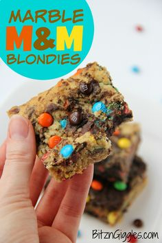 Marble M&M Blondies - Soft and chewy blondies bursting with M&Ms and chocolate throughout! Yum!