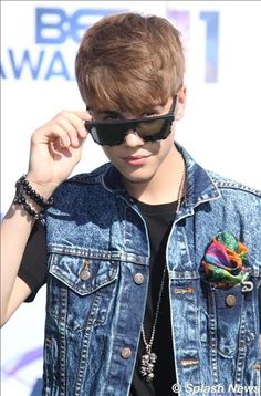 Justin Bieber, who says that the styles dont repeat themselves, he def looks like someone from the 90s
