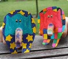 Das verfuchste Klassenzimmer: E - Elmar Kindergarten Projects, Classroom Art Projects, Book Projects, Animal Crafts For Kids, Art For Kids, Elmer The Elephants, Christmas Shoebox, Elephant Crafts, Indoor Crafts