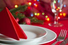 einfache Tischdeko Weihnachten Tischdecke Stoffservietten rot