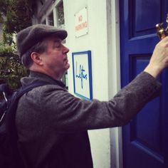 "Twitter: ""#WhosKnockingAtLoftus? He was Javert in @lesmisofficial and now @All_Allam is sharing more musical #PrivatePassions"" Roger recording for the BBC radio show Private Passions. @LoftusMedia Amazing People, Good People, Endeavour Morse, Roger Allam, Bbc Radio, Musicals, Passion, Actors, Tv"