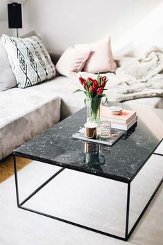 Marble Coffee Tables, Interior Inspiration - The Daily Dose Marmor Couchtische, Interior Inspiration Granite Coffee Table, Black Marble Coffee Table, Black Coffee Tables, Unique Coffee Table, Modern Coffee Tables, Marble Tables, Coffee Chairs, Creative Coffee, Granite Table