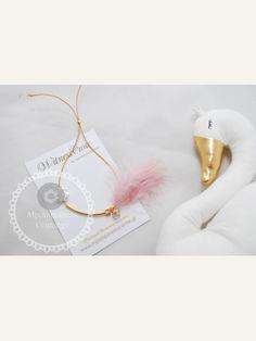 Μαρτυρικό βραχιόλι με ιδαίτερο δέσιμο , πούπουλο, κρεμαστή μπίλια,  περαστό σταυρό και τριαντάφυλλο Baptism Ideas, Swan, Flamingo, Party, Wedding, Flamingo Bird, Valentines Day Weddings, Swans, Flamingos