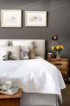 Wall color + light bedding
