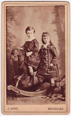 Antique Photograph - Siblings and a beautiful rocking horse. Vintage Christmas Photos, Vintage Children Photos, Vintage Pictures, Old Pictures, Vintage Images, Old Photos, Victorian Photos, Antique Photos, Vintage Photographs