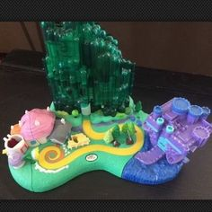 Polly Pocket Wizard of oz Play Set Turner Entertainment Co 2001 One Figure | eBay