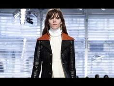 Louis Vuitton | Fall Winter 2014/2015 Full Fashion Show | Exclusive Video