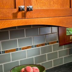 Great An Early 1900s Craftsman Bungalow In An Historic Saratoga Springs  Neighborhood Gets A Kitchen Overhaul,. Backsplash ...