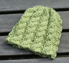 Western Sky Knits by Heather: Free Pattern - Bitty Cabled Hat