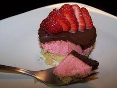 No Bake Mini Strawberry Cheesecakes with fruit jello** - YouTube