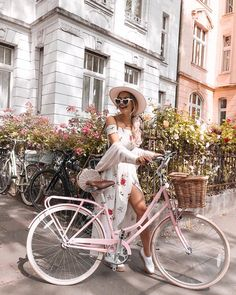 119 Likes, 7 Comments - fashion 💕 girly pic Beautiful Brown Eyes, Pink Bike, Cycle Chic, Insta Photo Ideas, Bicycle Girl, Bike Style, Aesthetic Photo, Cute Summer Outfits, Photography Poses