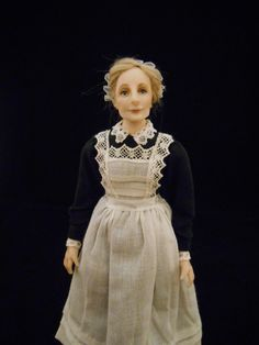Julie Campbell Doll Artist added a new photo. Victorian Costume, Victorian Dolls, Dollhouse Dolls, Miniature Dolls, Dollhouse Miniatures, Victorian Style Clothing, Julie Campbell, Doll House People, Custom Made Gift