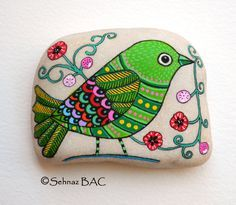 Hand Painted Stone Bird by ISassiDellAdriatico on Etsy, €25.00