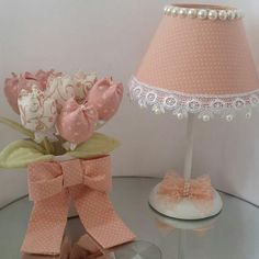 Lampshade and flower vase Diy Crafts For Girls, Diy And Crafts, Lamp Shades, Baby Decor, Diy Furniture, Diy Home Decor, Creations, Bedroom Decor, Table Decorations