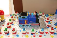Thomas The Train party cake and cupcakes