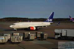 "Boeing 737-700, SE-RET, ""Katarina Viking"", Erstflug 28.02.2002 - Check more at https://www.miles-around.de/trip-reports/economy-class/mit-sas-nach-washington-d-c/,  #A340-300 #Airbus #avgeek #Aviation #Boeing #CPH #EconomyClass #Flughafen #IAD #SAS #SASGo #Trip-Report #USA"
