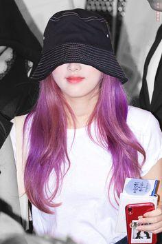 Baby Ducks, Japanese Girl Group, Pink Hair, Yuri, Winter Hats, Hair Color, Girls, Fashion, Rosa Hair