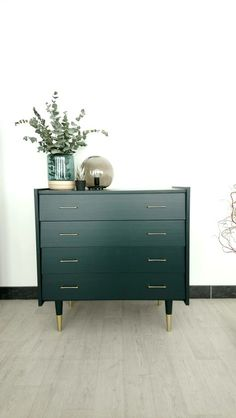 Super Ideen Upcycled Möbel Retro Inspiration - Home Improvement - Grey Bedroom Furniture, Small Furniture, White Furniture, Repurposed Furniture, Online Furniture, Diy Furniture, Furniture Market, Discount Furniture, Luxury Furniture