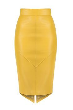 Leather pencil skirt for office days or party mood and a contemporary look Winter Skirt Outfit, Skirt Outfits, Nice Dresses, Casual Dresses, Fashion Dresses, Skirt Pants, Dress Skirt, Formal Skirt, Leather Fashion