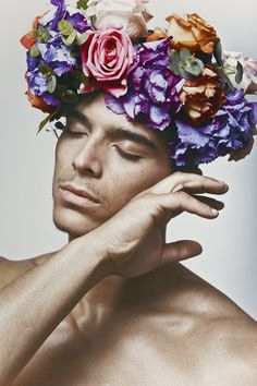 Next Pose: Funny cringe face for Jimmy Pretty People, Beautiful People, Flowers For Men, Foto Art, Foto Pose, Human Art, Poses, Flower Boys, Male Beauty
