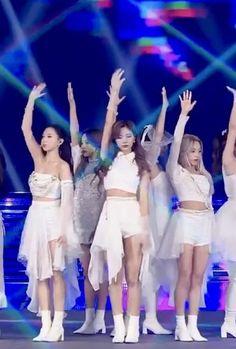 Dance Music Videos, Dance Choreography Videos, Dance Moms Videos, Black Pink Songs, Black Pink Kpop, Kpop Girl Groups, Kpop Girls, Korean Girl Groups, Mv Video
