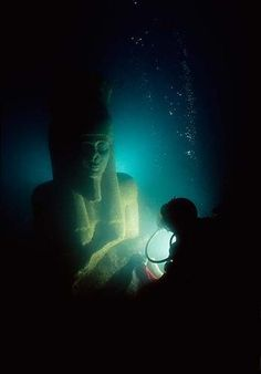 Imagine diving into the darks of the ocean and suddenly seeing a colossal face emerge from the watery shadows, or a curious monolith with ancient text. That was the experience of archaeologists in 2001 in the Bay of Aboukir, who found a long lost Egyptian city incredibly preserved in its 1,200-year hiding place.
