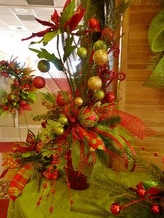Christmas 2012 by Floral Expressions of Janesville, WI, via Flickr - http://www.floralexpressionsjanesville.com/