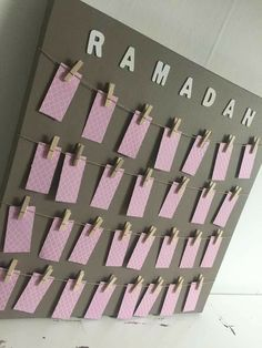 Ramadan Activities, Ramadan Crafts, Activities For Kids, Decoraciones Ramadan, Islamic Celebrations, Iftar Party, Mubarak Ramadan, Prayer Corner, Science Experiments For Preschoolers