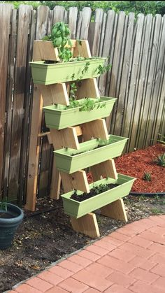 Most current No Cost herb garden ladder Thoughts Natural herbs could be developed inside your own home if you ensure that you get going off the right way. Verticle Herb Garden, Herb Planters, Outdoor Planters, Vertical Planter, Herbs Garden, Flowers Garden, Vertical Bar, Herb Gardening, Garden Pots