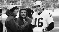Latino football at its finest. Coach Tom Flores (left) and QB Jim Plunkett led the Raiders to two Super Bowl titles in the Oakland Raiders Football, Nfl Football, Football Helmets, Football Coaches, Football Humor, Sports Teams, Football Players, Tom Flores, Raiders Baby
