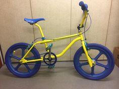 Gt Bikes, Cool Bikes, Montain Bike, Gt Bmx, Bmx Cruiser, Bmx Racing, Bmx Bicycle, Old Skool, Bicycles
