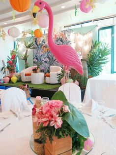 Vivienne's Tropical Pink Flamingo Themed Party – Birthday 8th Birthday, 1st Birthday Parties, Edible Flowers, Pink Flowers, Events Place, Different Shades Of Pink, Pink Themes, Painted Leaves, Tropical Fruits