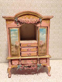 Armario 1/12. Dollhouse furniture