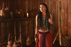 """Young and unmarried ancient Filipino lady from the """"alipin"""" or slave class."""