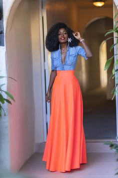 Skirt Outfits, Chic Outfits, Dress Skirt, Fitted Denim Shirt, Denim Shirts, Denim Jeans, Denim Shirt Style, Modest Fashion, Fashion Dresses