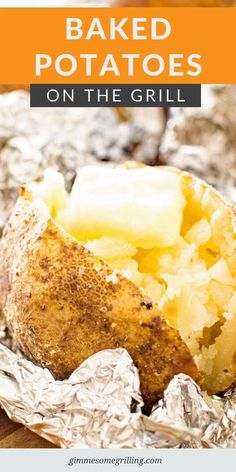 These Baked Potatoes are brushed with butter than seasoned with salt pepper and garlic powder. Wrap them in tinfoil and grill them! The result is crispy seasoned potato skins with light and fluffy insides. Side Dishes Easy, Side Dish Recipes, My Recipes, Potato Recipes, Vegetable Recipes, Protein Recipes, Easy Desserts, Delicious Desserts, Dessert Recipes