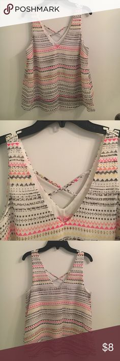 Print blouse Print Designs Blouse   - new and in perfect condition  - V- neck with back design  🚨Reasonable offers welcome! 🚨 Candie's Tops Blouses