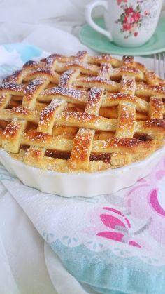 Lavanda Cakes Tarta de Manzana (Apple Pie) is part of Apple pie receta - Apple Pie Recipe Easy, Apple Pie Recipes, Ice Cream Recipes, Sweet Recipes, Cake Recipes, Snack Recipes, Dessert Recipes, Easy Smoothie Recipes, Sweet Pie