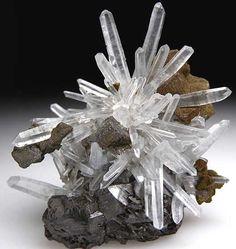 Clear QUARTZ Starburst Cluster -x- - #pixiecrystals - photo credit: Marin minerals