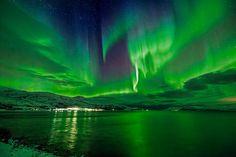 Aurora over Bo Fjord, Norway | par Wayne Pinkston