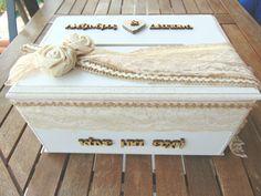 Κουτί ευχών Decorative Boxes, Sugar, Pearls, Home Decor, Decoration Home, Room Decor, Interior Design, Beads, Home Interiors