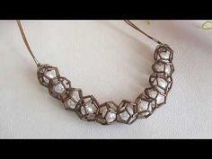 Мк. Бусы из стекляруса и бусин. ЛюПетра. - YouTube Bead Jewellery, Diy Jewelry, Beaded Jewelry, Beaded Bracelets, Tutorial Colar, Necklace Tutorial, Diy Tutorial, Bridal Necklace, Diy Necklace
