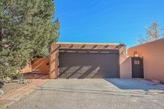 Above is the link to the property that I found. What do you think? Corrales New Mexico, Beautiful Places To Live, Horse Property, Country Living, Trail, Real Estate, Mansions, House Styles, City