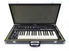 MATRIXSYNTH: Roland SH-2 Vintage Analog Synthesizer w/ Hard Cas...