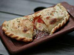 Variedades de Calzone - Bruschettas de anchoas y tomates frescos